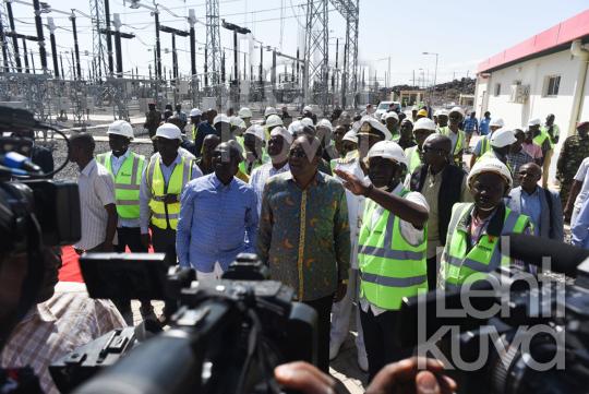 Kenian presidentti Uhuru Kenyatta vihki heinäkuussa käyttöön tuulivoimahankkeen Loiyangalanissa Turkana-järvellä.