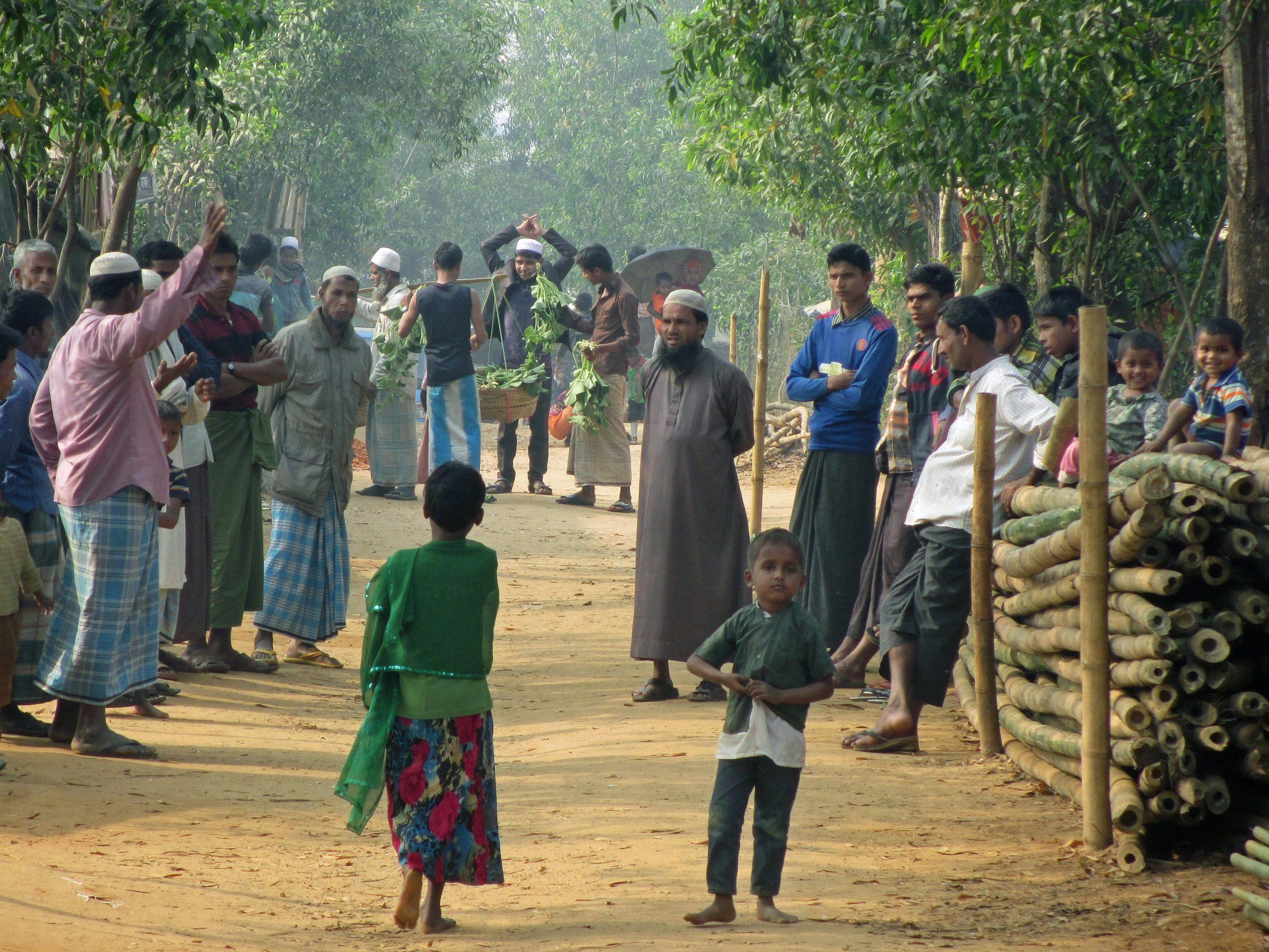 Rohingya-pakolaisia Cox's Bazarin pakolaisleirillä helmikuussa 2018.