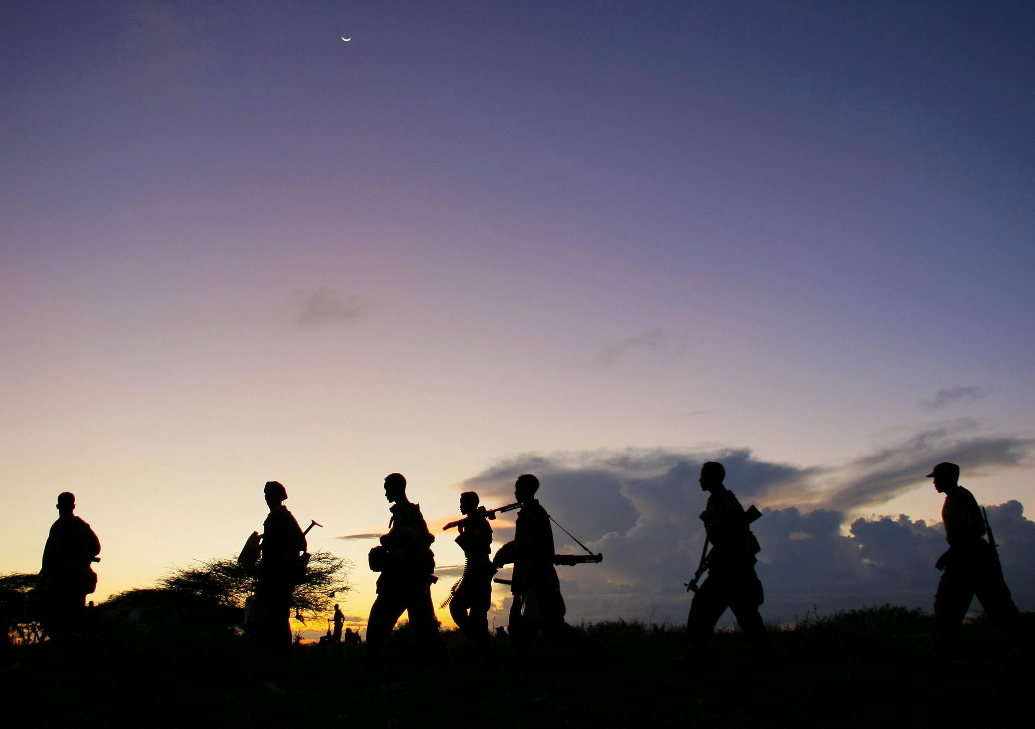 Aseellisia ryhmiä vilisevässä Somaliassa turvallisuus nielee rahaa.