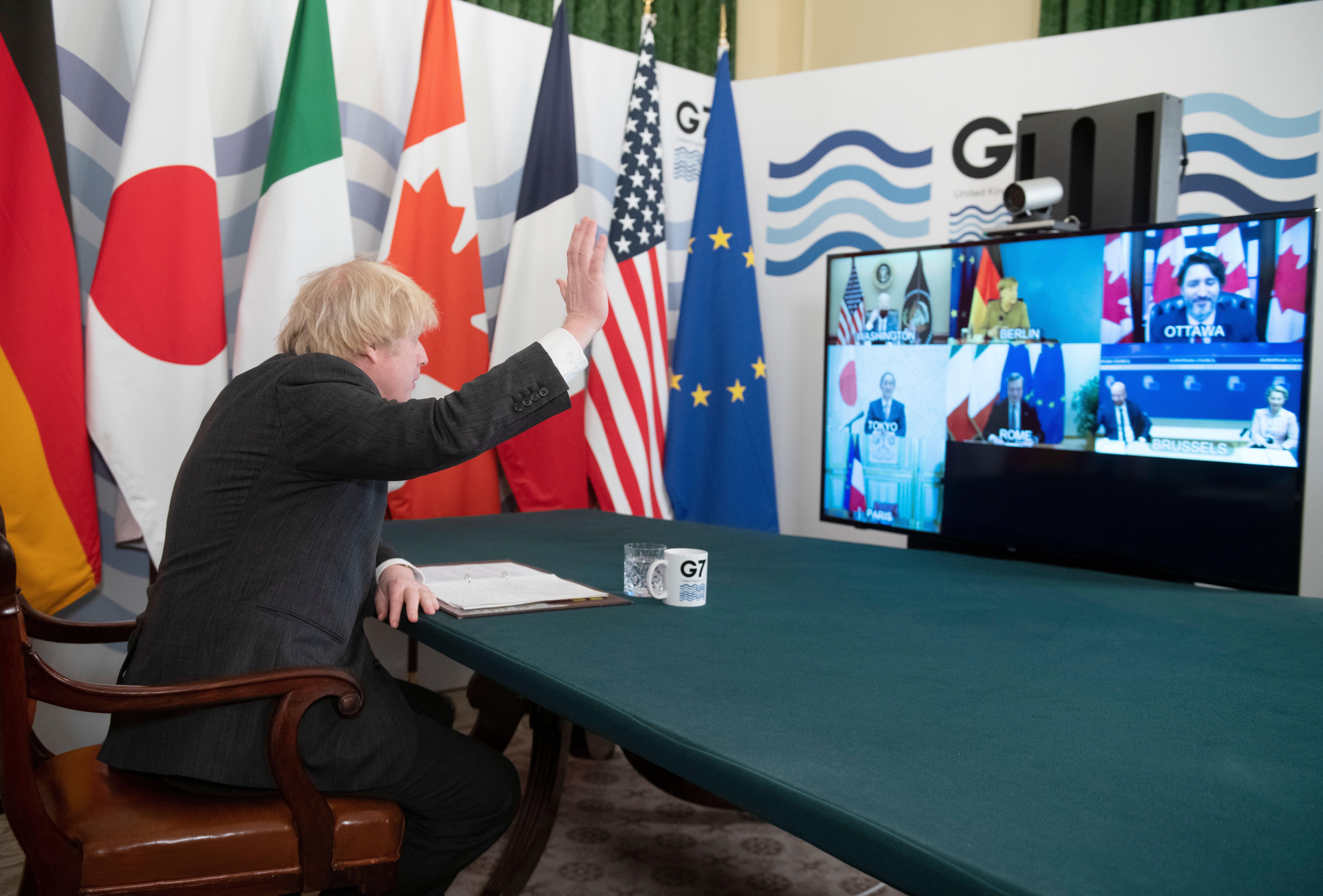 Britannian pääministeri Boris Johnson isännöi G7-kokousta helmikuussa. Osallistujia hänkin katseli ruudulta. Kuva: Geoff Pugh/Shutterstock/All Over Press