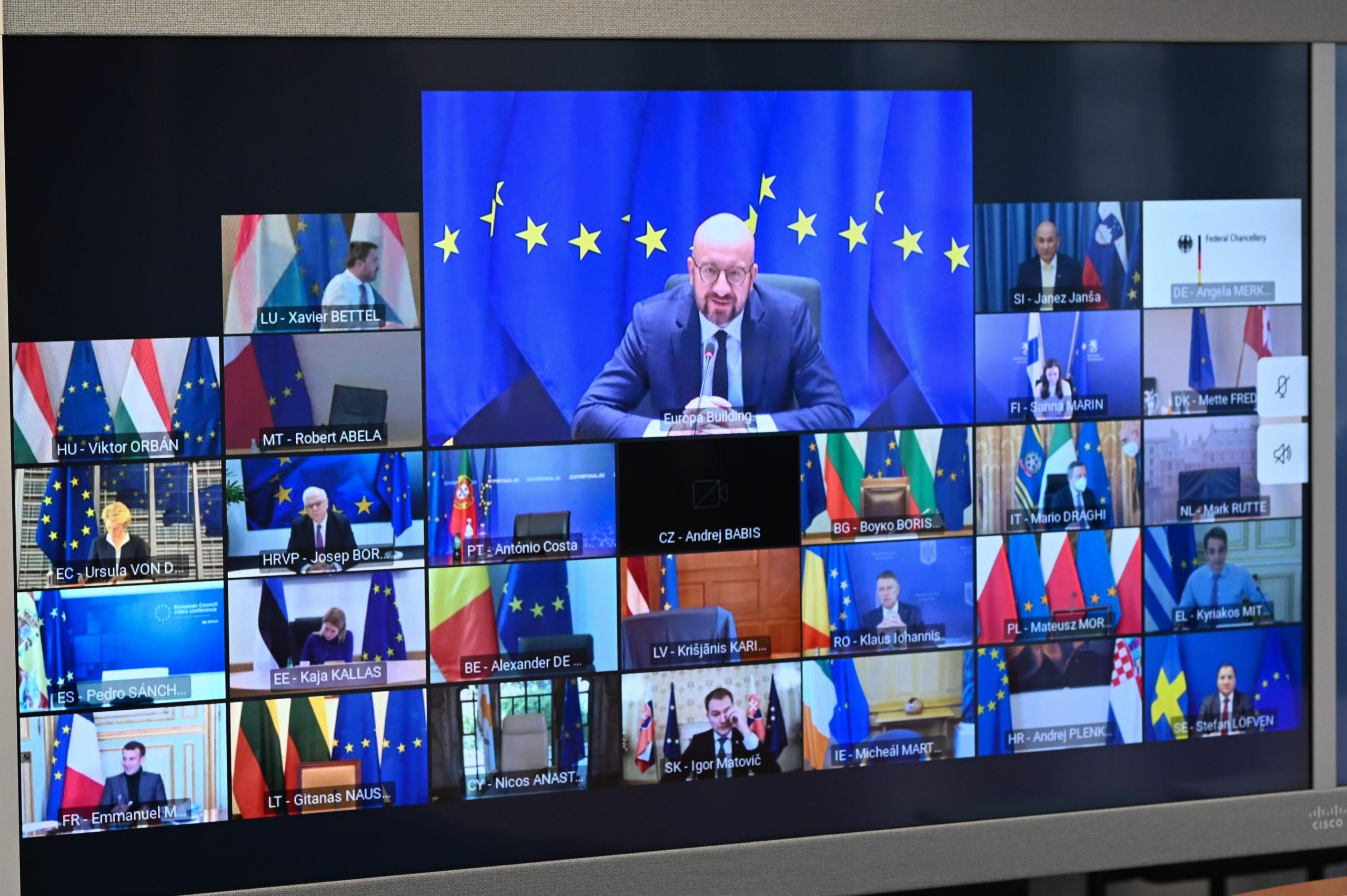 Euroopan komission ja Eurooppa-neuvoston puheenjohtajat sekä jäsenmaiden johtajat ovat pitäneet neuvoa virtuaalisesti. Kuva: European Union/EC-Audiovisual Service/Etienne Ansotte