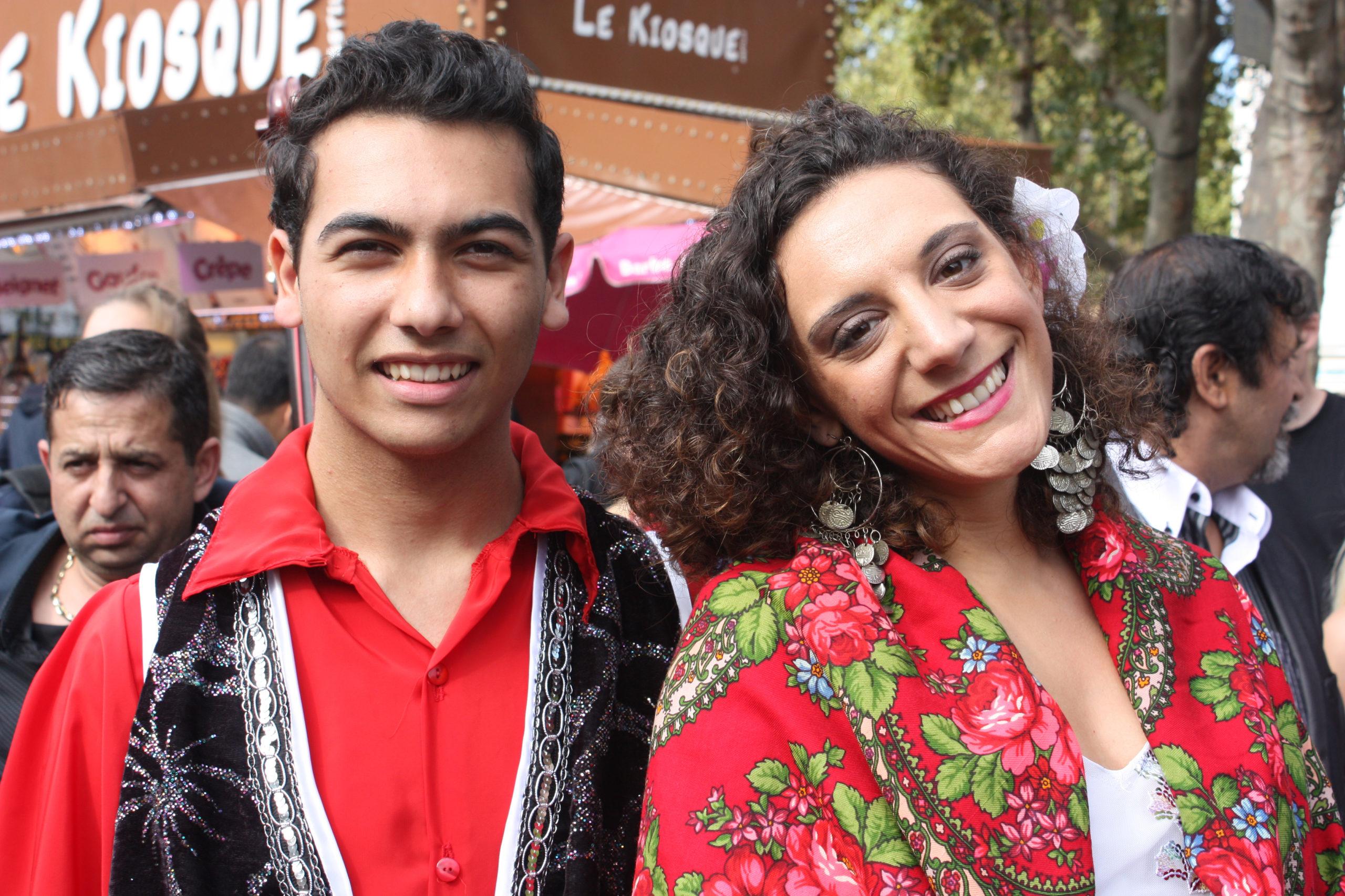 Pariisissa vietettiin syksyllä kolmatta Roma-Pride tapahtumaa. EU-Komission mukaan erityisesti romaninuorten ja -lasten asemaa on kiireellisesti parannettava.