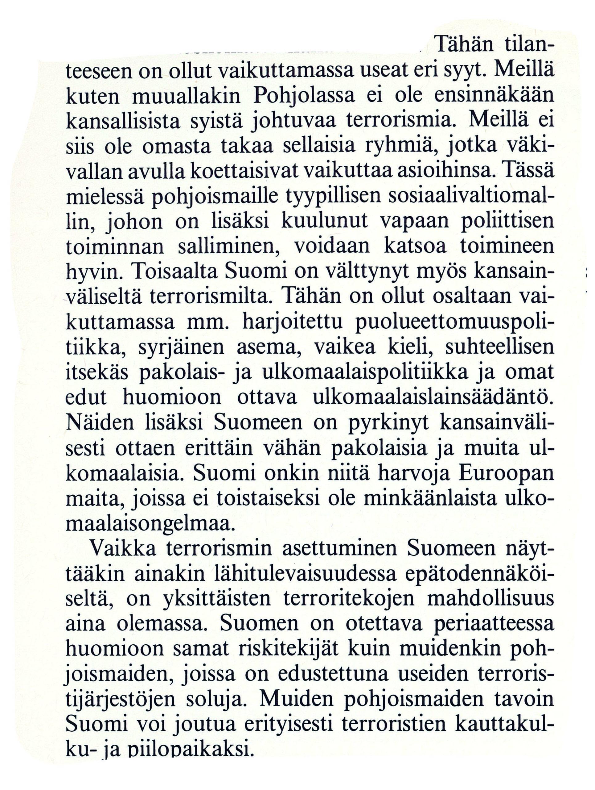 Ulkopolitiikka 2/1990, Matti Saarelainen & Petri Knape